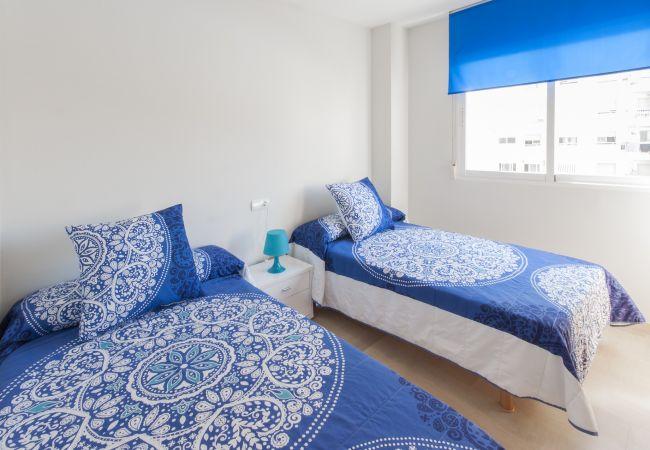 Apartamento en Playa de Gandía - 32. AG AIGUABLAVA 5-3
