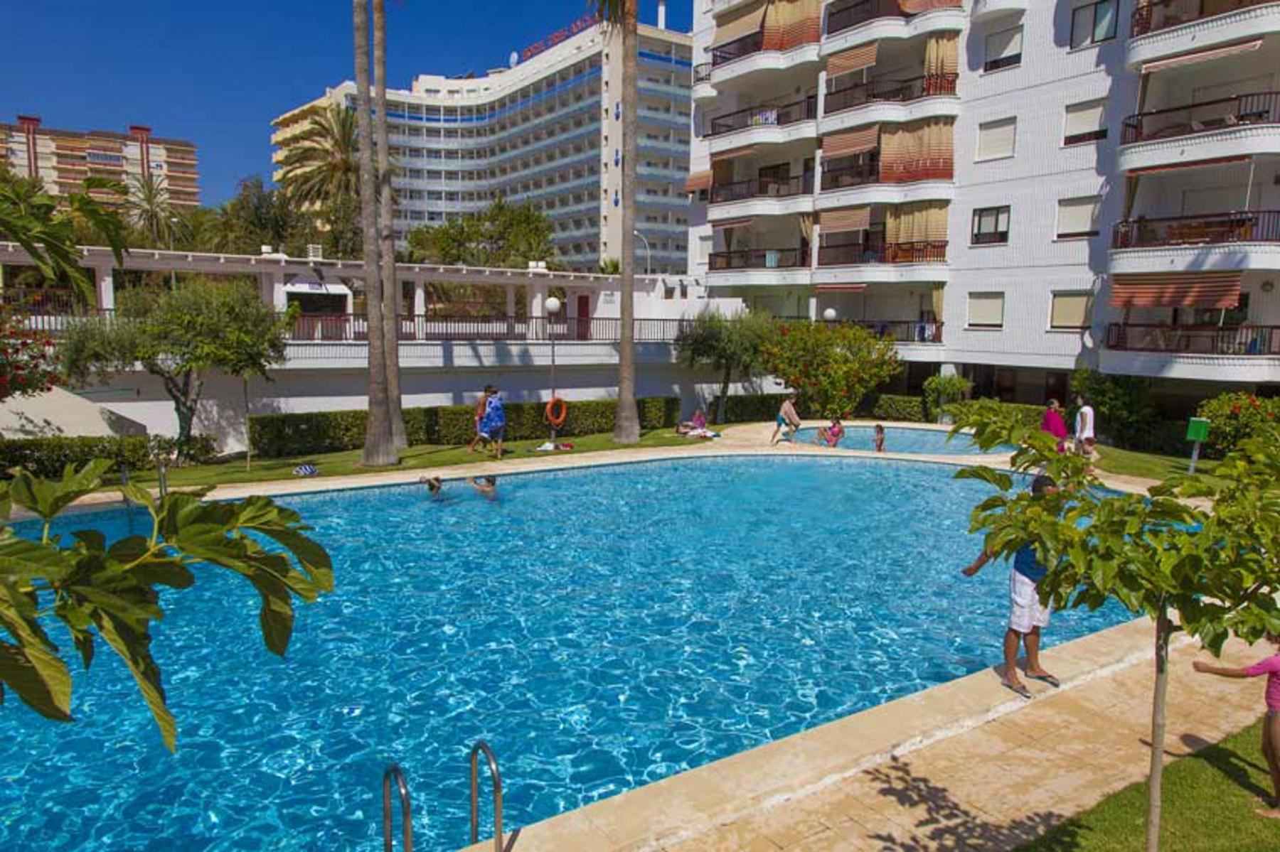 Apartamentos en playa de gand a 40 ag salinas - Apartamentos en gandia playa ...