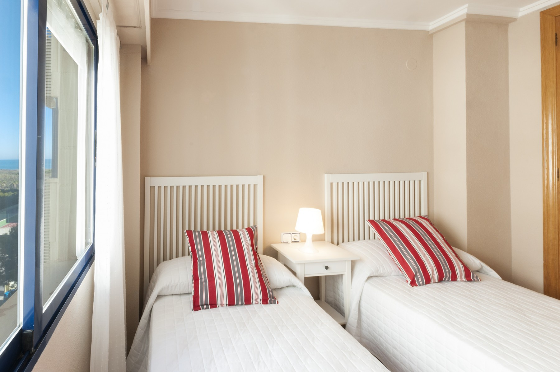 Apartamentos en playa de gand a 71 ag rioja salinas iii - Apartamentos en gandia baratos verano ...